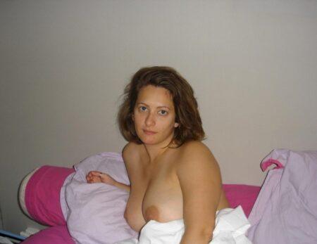 Chienne sexy que pour des mecs sur Ussel