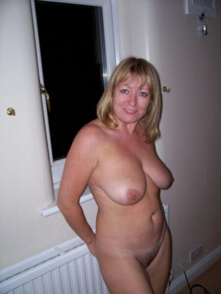 Passez un rancard de sexe sans tabou avec une coquine sexy