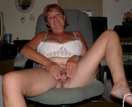 Rencontre pour femme adultère entre adultes décidés pour une femme perverse sur le 76